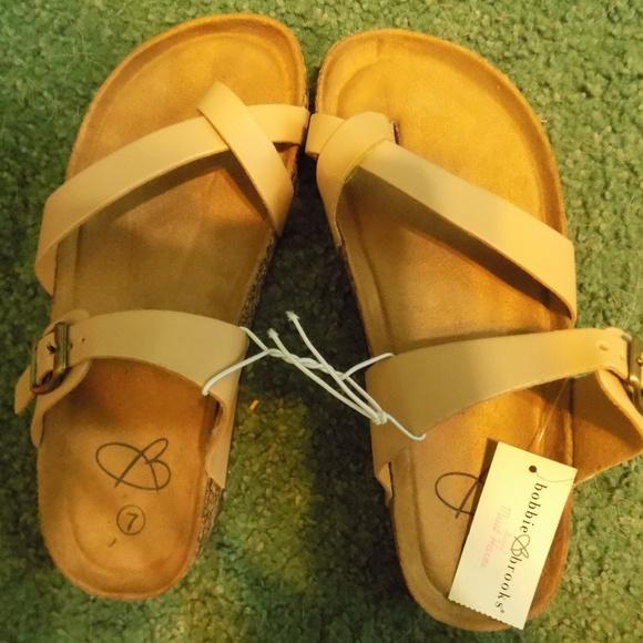 da07108ecf0 Brand New Betula Slip Toe Beige Sandal